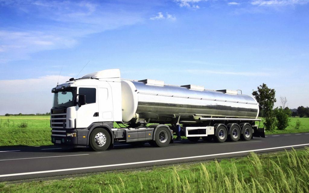 ЭРА-ГЛОНАСС станет обязательной при транспортировки опасных грузов и отходов