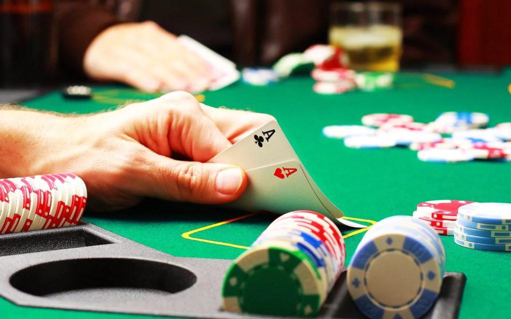 Искусственный интеллект обыграл профессиональных игроков в покер