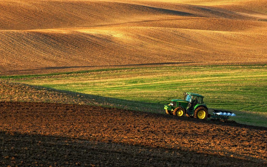 Беспилотники и Интернет-вещей появятся на фермах в России